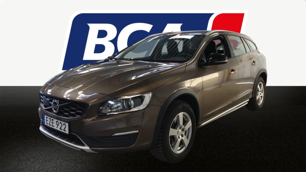 Volvo V60 Cross Country D3, 2017, 6850 mil, 189500:- (Inkommer under juni månad)