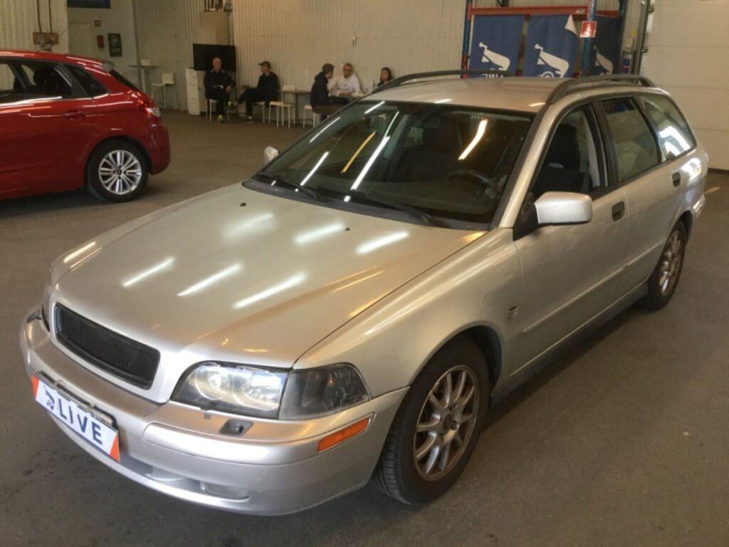 Volvo V40 2.0T Manuell 163hk, 2004, 23300 mil, 19500:-