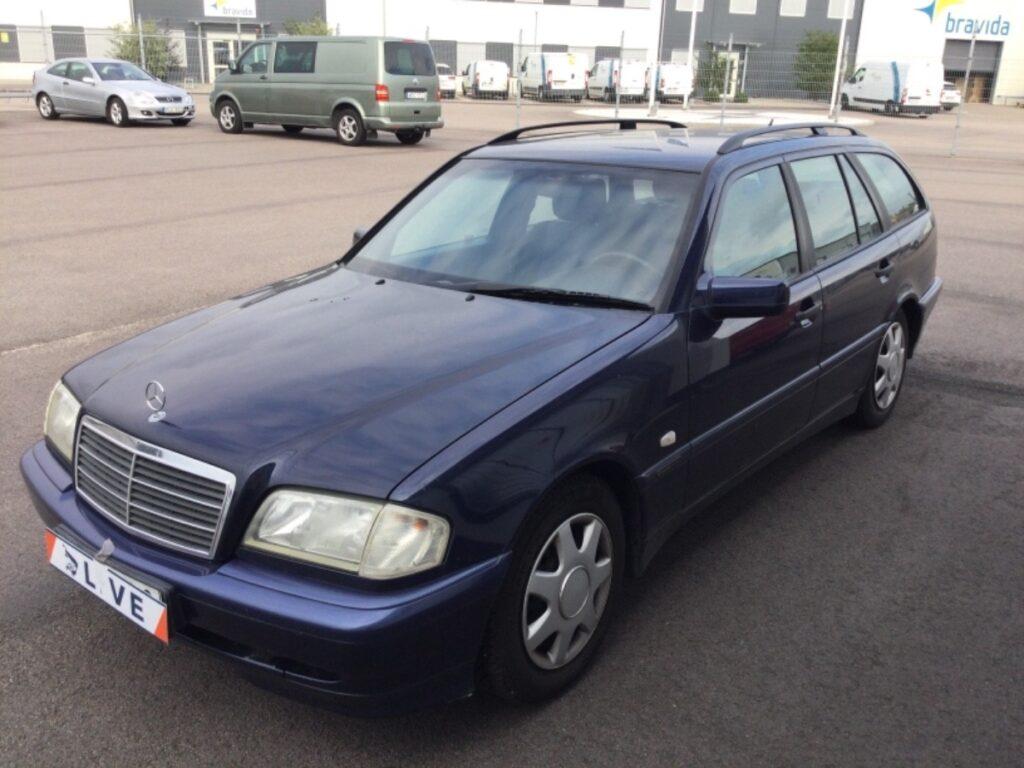 Mercedes-Benz C 180 T Manuell 122hk, 2000, 28100 mil, 19500:-